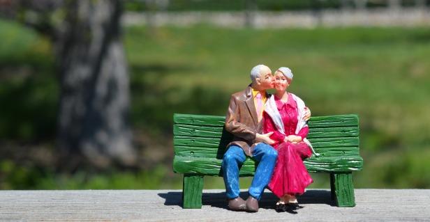 jubilados banco pareja bg